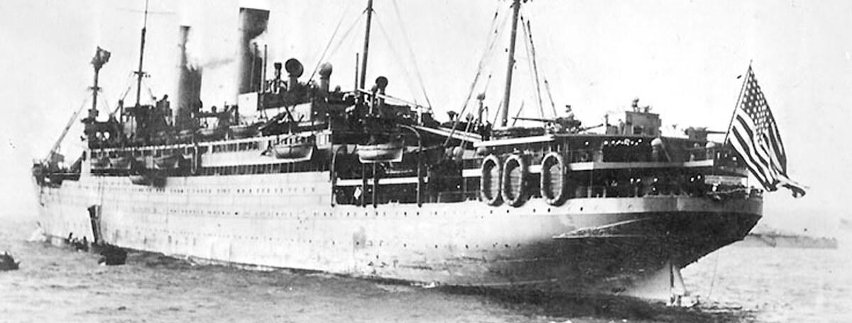 1918 ship arrives in brest france