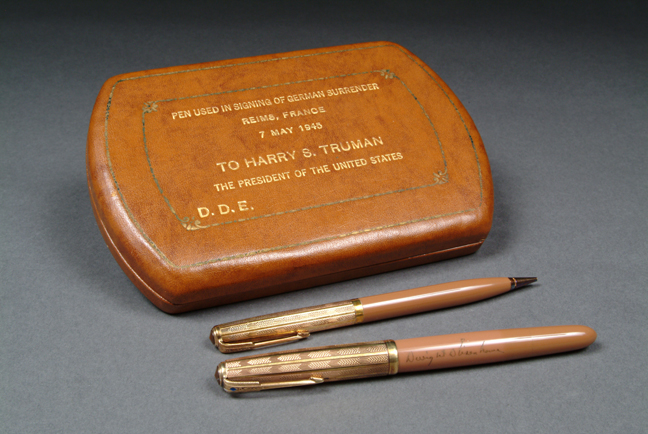 Pen set used by Gen. Eisenhower and the surrendering German officials to sign the official surrender of Germany on May 7, 1945